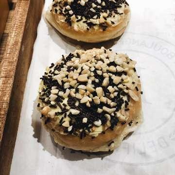 Doughnuts in @delifranceid Gandaria City 🤤 Nutella Doughnut, Milo Doughnut, Martabak Doughnut, and Chocolate Glazed Doughnut 🍩♥️🍩 // 🌟🌟🌟🌟🌟 #myfoodjourney #jktfoodbang #foodie #instafood #myfooddiary #dessert #food #foodporn