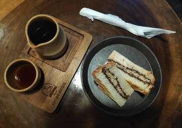 Ngopi dulu cuyyy!  #ngopi #kopihitam #toast #rotibakar #coffee #blackcoffee #indonesiancoffee #kopiBali #igcoffee #igerscoffee