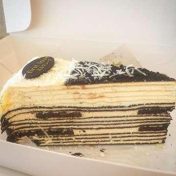 Oreo Cheese 🧀🍪🍰 #kulinerjakarta #kulinertangerang #firstlove #firstlovepatisserie #firstlovepattiserie #dessert #cake #crepe #crepecake #crepecakes #oreo #cheese #oreocheese #oreocheesecake #oreocheesecrepescake