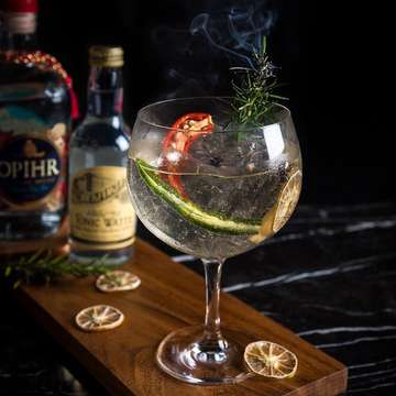 Our 'Spiced Opihr' has become the talk of town and everybody's favorite G&T. Only at Vong Kitchen. - #AlilaSCBDJakarta #AlilaHotels #VongKitchen #RockwellGroup #bar #cocktails #jakarta #hotel #lifestyle #businesshotel #dining #diningexperience #restaurant #restaurantjakarta #restaurantjkt #jktfoodlifestyle #jktfood #foodies #boutiquehotels #design #architecture #art