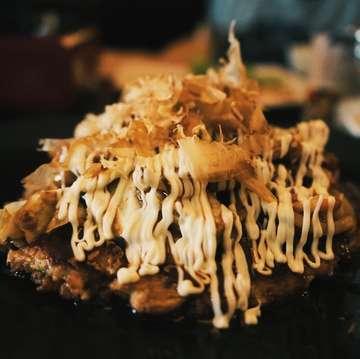 okonomiyaki!!! #japanesefood #okonomiyaki #manmaru #ubud #photography #photo #yummy #sonya7ii #sony #takenbyme #photobyme #holiday #restaurant #japanese