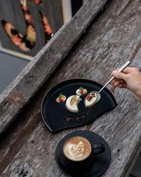 #jirestaurantbali #tuguhotels #tugubali #tugurestaurants #hoteltugu #hoteltugubali #japaneserestaurant #japanesedessert #foodstories #foodoftheday #foodie #dessertheaven #cappuccinoart  #foodstyling #foodstylist #foodphoto #show_me_your_food #foodphotographyandstyling #foodelia #food52 #foodphotography