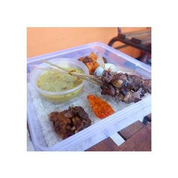 Kami juga menerima pesanan untuk aqiqah dan bisa request sesuai keinginan anda semua :) #cateringmalangmurah #cateringmalang #kulinerbatu #kotabatu #kotamalang #KWB #azizahcatering #cateringmalang #cateringbatu #cateringjatim #cateringindonesia #makanansehat #janganlupamakan #makanan #kulinermalang