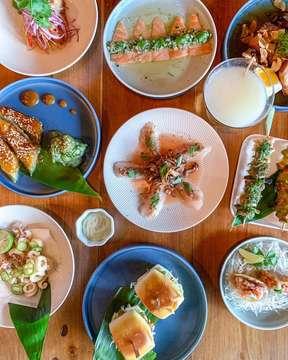 @oneeyedjack.bali - best Japanese Izakaya on the island! 📸@bali_cafes . . . . . #thisisbali #balilife #thebalibible #balieats #balicafes #balilove #foodblog #canggucafe #cafecanggu #foodphotography #tapas #spanishtapas #spanishfood #promobali #canggu #canggufood #seafood #japanese #izakaya #japanesebali #shareplates #japanesefood