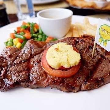 "Welcome Indoguno Meatshop and Gourmet as our next merchant!  Get up to 15% off if u download Blazz & code ""random"" #jktfoodbang#foodjakarta#mexicanfoodporn #mexicanfood #foodporn #foodphotography#anak #anakikutikutan #anakhits #eatandtreats #buzzfeedfood #buzzfeast #starvingtime #foodstagram #foods #tasty #foodies #instagood #foodstories #foodpics #foodnetwork #f52grams #jakartafood #foodshare #jktgo #jktfoodhunting #foodart #comfortfood"