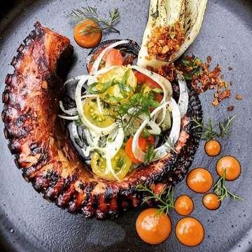 Food art. By @sangsakabali . Food night. ❤️ ↪️to be featured/x esser ripostati: #bruttocheffo !!! ❤️