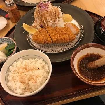 Chicken Mix Katsu Set 154k  @katsutoku.id  Sentral Semayan 1 Lantai Basement  #foodies #foodgasm #foodgram #foodporn #foodstagram #jakarta #foodinjakarta #jktfoodbang #jktfoodies