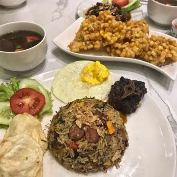 Fried Rice with Grilled Oxtail 🥄