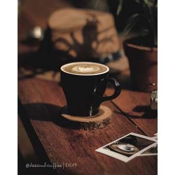 . Fave Object... . @jepret.indah ... #jepretindah ... #ji_objekkaporit  ______ Hello Mba Oli @citraaulia_gp, Barakallah dan sukses selalu mba sayang. _____ #gs_coffee  #Deescoffeejourney  #jktcoffeejournal #anakkopi  #coffeegram #masfotokopi #mbafotokopi #happyboringlife #indocoffeegram