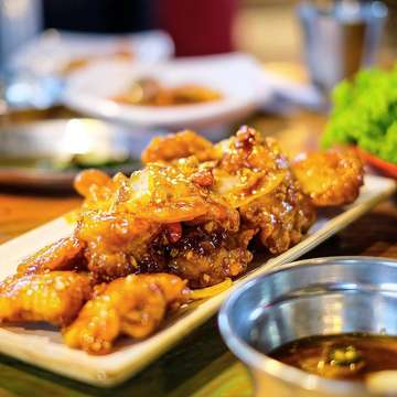 Dakganjeong 🔥 . . . . #9gagnomnom #f52grams #eeeeeats #eatandtreats #anakjajan #beautifulcuisines #inifoodhunters #surabayafoodies #foodie #foodvsco #foodies #foodiesofinstagram #foodphotography #foodphotographer #fujifilm