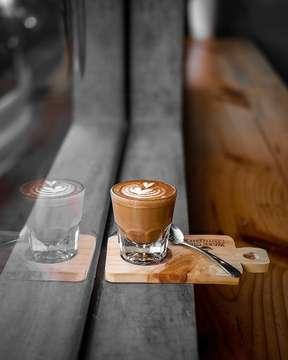 Life is all about balance • • • • #coffeeshop #coffee_inst #coffeejpg #ottencoffee #coffeeshots #cafehopping #baristadaily #manmakecoffee #anakkopi #masfotokopi #happyboringlife #coffeegram #coffeegrammers #wakecupcoffee