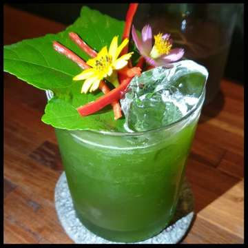 🇬🇧(FR⬇️)Feed your soul. . Planning to go to Bali? Don't miss the best restaurant in Bali: LOCAVORE. Make booking in advance! 👉TAG SOMEONE YOU WOULD LIKE TO GO DINER THERE WITH! . There are many reasons this intimate (38 seats)Ubud restaurant is worthy of its Michelin star.  First, the inspired fancy and unique dishes. Restaurant Locavore's sustainable andeco-friendly conceptalso deserves a mention. Chefs Eelke Plasmeijer and Ray Adriansyah carefully select ans combine local products, sometimes quite unexpected ones, prioritizing quality, freshness and sustainability, combined with exquisite design and presentation.  Finally, a special mention for the staff, who is both welcoming and passionate,  and eager to share with the customers.  Great experience at the Chef's table! . . . . 🇨🇵Nourri ton âme... . De passage à Bali, ne manque pas de faire une réservation dans ler meilleure restaurant d'Ubud: LOCAVORE. . Ce restaurant tout en intimité (38 couverts) situé à Ubud mérite son étoile Michelin à plusieurs titres. Tout d'abord pour ses plats recherchés, uniques et délicieux.  Le concept du Locavore,  durable et écologique,  mérite aussi notre attention.  Les Chefs Eelke Plasmeijer and Ray Adriansyah travaillent sur une base de produits locaux parfois surprenants, soigneusement sélectionnés pour leur fraîcheur et leur qualité, disposés dans l'assiette dans des présentations incroyablement esthétiques.  Pour finir,  une mention spéciale pr les cuisiniers,  si aimables et passionnés,  ravis d'échanger sur la confection des plats avec les clients. Quel excellent moment à la table du chef! . . . . . . . . . . . #bali #balifood #bestrestaurant #michelin #michelinstar #gastronomie #gastronomy #etoilemichelin #michelin1star #gastronomylover #eeeeeats #liveauthentic #eatfamous #dailyfoodfeed #onthetable #heresmyfood #eattheworld #foodiegram #foodpic  #foodography #foodlover #delicious #foodart #foodoftheday #foodaddict #fooddiary #eatwell #tablesituation #travelwithfood #frencht