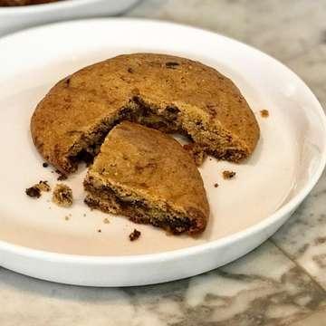 : ➖OURA➖ Jl. Pahlawan Trip No. 11A M A L A N G --- . . 😍🅗🅐🅟🅟🅘🅝🅔🅢🅢 😍 •PAIN AU CHOCO 🍫 •NUTELLA ALMOND 🥐 •NUTELLA COOKIES 🍪 . . #ouraMLG #pastry #cookies  #food #foodlover #foodaholic #foodpics #foodie #foodstagram #foodhunter #malangculinary #malangfoodies #malangfood #mlgfoodhunter #malangfoodhits #culinary #yummy #delicious #malang #exploremalang #kulinermalang #makananmalang #nongkrongmalang #malanghits #malangeatery