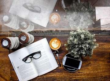 ⠀⠀⠀⠀⠀⠀⠀⠀⠀ Life is too important to be taken seriously. Happy Monday Everyone ! 💪🏻😃👍🏻 ⠀⠀⠀⠀⠀⠀⠀⠀⠀ ⠀⠀⠀⠀⠀⠀⠀⠀⠀ ☕ : Caffè Latté ⠀⠀⠀⠀⠀⠀⠀⠀⠀ ⠀⠀⠀⠀⠀⠀⠀⠀⠀ 📍 : Amyrea @amyreaartkitchen ⠀⠀⠀⠀⠀⠀⠀⠀⠀ ⠀⠀⠀⠀⠀⠀⠀⠀⠀ ⠀⠀⠀⠀⠀⠀⠀⠀⠀ ⠀⠀⠀⠀⠀⠀⠀⠀⠀ ___________________________________________ #coffeeshop #coffee #bestcoffeeshop #manmakecoffee #anakkopi #hobikopi #cupsinframe #coffeeshopsoftheworld #coffeetime #happyboringlife #manualjakarta #indocoffeegram  #coffeecupsoftheworld #masfotokopi #coffeeheaven #brewcoffee #caffeineagent #indonesiancoffeeshop #handsinframe #coffeeoftheday #tablesituation #coffeeinblack #mbakfotokopi #jakartacoffeeshop #coffeeshopjakarta #baristadaily #coffeehead #jsc #jakartasecretcoffee