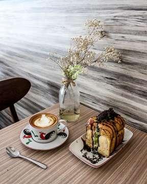 ⠀⠀⠀⠀⠀⠀⠀⠀⠀ I'd rather take coffee than compliments just now. ⠀⠀⠀⠀⠀⠀⠀⠀⠀ ⠀⠀⠀⠀⠀⠀⠀⠀⠀ ☕ : Caffè Latté ⠀⠀⠀⠀⠀⠀⠀⠀⠀ 🥐 : Roti Alpukat Kopi ⠀⠀⠀⠀⠀⠀⠀⠀⠀ 📍 : Kupi Plus Ruti  @kupiplusruti ⠀⠀⠀⠀⠀⠀⠀⠀⠀ ⠀⠀⠀⠀⠀⠀⠀⠀⠀ ⠀⠀⠀⠀⠀⠀⠀⠀⠀ ⠀⠀⠀⠀⠀⠀⠀⠀⠀ ___________________________________________ #coffeeshop #coffee #bestcoffeeshop #manmakecoffee #anakkopi #hobikopi #cupsinframe #coffeeshopsoftheworld #coffeetime #happyboringlife #manualjakarta #indocoffeegram  #coffeecupsoftheworld #masfotokopi #coffeeheaven #brewcoffee #coffeedaily #indonesiancoffeeshop #handsinframe #coffeeoftheday #tablesituation #coffeeinblack #mbakfotokopi #jakartacoffeeshop #coffeeshopjakarta #baristadaily #coffeehead #jsc #jakartasecretcoffee