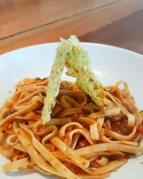 🏠 @warungpasta - Sweety Pow - Chunky Flucky - Cheesy Fries - Chocolate Fondant --------------------------------------- #warungpasta #warpas #pasta #spaghetti #kuliner #kulinerbandung #kulinerbdg #bandungsociety #bdgsociety #bandungfoodies #pergikuliner #pergikulinerbandung #infobandung #bandung #anakjajan #makanpakereceh #food #foodporn #foodphotography #foodgasm #foodie #foodisfluel #l4l #like4likes #likeforlikes #likeforfollow #zomato #zomatoid #jalanjajanjepret
