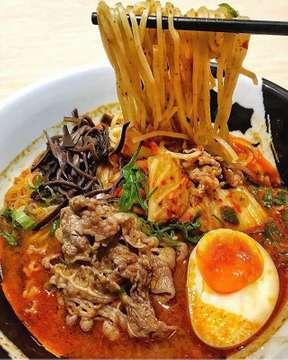 Beef Kimchi Ramen @menyamusashi_id 🍜😋 Shared By: @andreptamaa #jktfoodbang