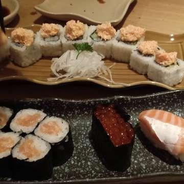 My baby baga2 n his fav food  #kulinerbogor #kulinerenak #instafood #foodgallerybdg #foodism #foodporn #wisatakuliner #makanenak #sushi  #sushitei