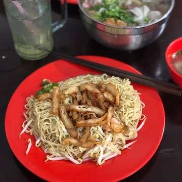 Bakmi Udang Ace . . . . . #makanananakbumi #jktfoodbang #food #kulinerjakarta #eatandbrunch #kuliner #jktfood #foodgasm #foodstagram #foodie #foodgasm #jktgo #jktkuliner #eatinjakarta #jktfooddestination #bakmiclubid #bakmi