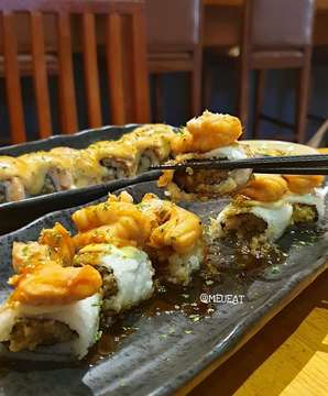 It's Sushi Time. My Favorite Japanesefood. Happy Holiday Guys. . 📍@sushitei_medan, Jl. Teuku Daud Medan. . . #sushitei#japanesefood#kuliner#kulinermedan#meueat#meueatsushitei#meueatjapanesefood
