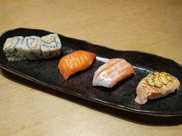 Salmon Kui  #sushi #sushitei #salmon #food #japanesefood #makassar #sulawesiselatan