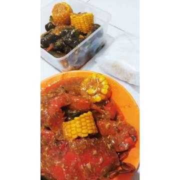 It is so yummy and fresh! 💕 . 🏅Rating : 8/10 🏡 Go Food,  Jakarta . . . #jktfoodie #jktfood #foodblogger #foodporn #jakartafoodies #yummy #anakjajan #lapar #laparbaper #kulinerjkt #kulinerjakarta #jakartaculinery #eatnndtreats #jajajanjakarta #lovetoeat #foodnesia #foodlover #fooddiary #kulinerindonesia #jktfoodbang #dietmulaibesok #cheesetea #fruittea #healthybeverage #strawberrydrinks #minumanbuahsegar #minumanbuah #blueberry