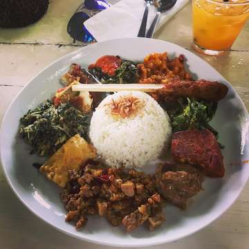 Lunch at Nook #nasibali #satelilit #nasicampurbali