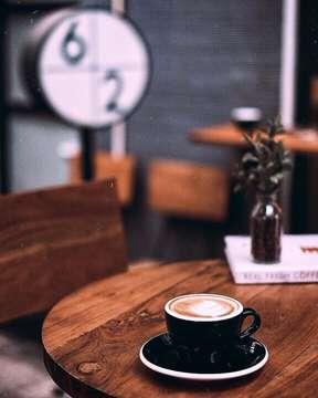 We start with a simple hello, but ended with a complicated goodbye. . #sixtytwocoffee  #infinity_coffeebreak #fevrt_coffeetime #total_coffee #be_one_sweet #coffeemastery #coffee_gram #coffeeaddicts #dailycafehop #mycoffeegram m #coffeeshotsrock #raw_coffee #masfotokopi #happyboringday #mbafotokopi #tv_living #fotografi_world #instagrafi_id #super_coffee_channel #globalfotografia_stillife #9vaga_coffee9 #raw_collage #espressohit #coffeeshopsworld #jakartacoffeeshop #indonesiancoffeeshop