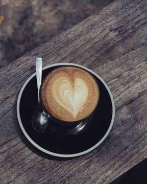 Cinta dalam secangkir kopi buat yg merindu aku hari ini. . .  @uploadkompakan  #uploadkompakan #uk_love_you  #kompakersbdg  #kompakersbandunggareulis  #coffeevibes  #morningcoffee #masfotokopi