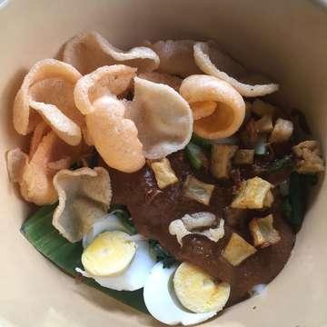 #masakanindonesia #makananindonesia #citarasaindonesia #citarasanusantara #kulinerindonesia #kulinernusantara #instakuliner #instafood #instafoodie #kulinertangsel #kulineran #kulinerbintaro #caffebintaro
