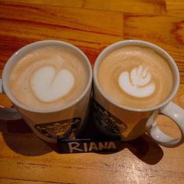 Kurang sexy foamnya😭 harus banyak belajar sama kaka @harapan_zaky pemenang world champion latte art wkwk