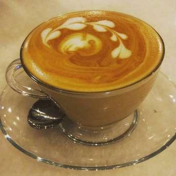 Kopi sebelum tidur... . . . #coffeeshop  #yankedaikopi  #sabang #jakarta #kopi #cafelatte  #kamerahpgw  #jalanjalan  #isengiseng #everydaymotret