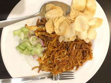 #dinnertime #dinner #dinnerdate #mieaceh #photooftheday #jakarta #jalansabang #foods #food #foodie #foodphotography #miegoreng #noodles #traveler #travelblogger #travelphotography #backpacker #malampanjang #sunday #sundate #indonesianfood #cuisine #asiancuisine #traditionalfood #traditional #aceh #kopiaceh