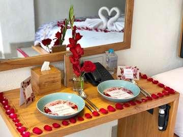 FOLLOW : @silviarosa.decoration @silviarosa.decoration • • Engagement - Gathering - Birthday Party Bridal / Baby Shower - Romantic Dinner  Room Decor - Dessert Table • • Contact : ▫️ Whatsapp : 082225101572 ▫️ LINE : silviarosa • • #desserttablejogja #tablesettingjogja #tabledecorationjogja #tabledecorjogja #partyplannerjogja #dekorjogja #romanticdinnerjogja #ultahjogja #roomdecorjogja #dekorasijogja #dekorasiyogyakarta #bridalshowerjogja #babyshowerjogja #jogja #yogyakarta #partyplanneryogyakarta #ultahanakjogja #honeymoonjogja #explorejogja #hoteljogja #wisatajogja #kulinerjogja #cafejogja #infojogja #yats #yatscolony #yatscolonyjogja #yatscolonyhotel