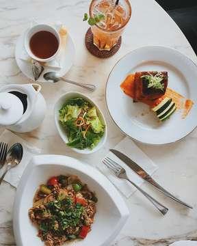 Japanese 🇯🇵 // Peruvian 🇵🇪 #latepost #sunday #lunch #goodtimes #foodgasm #foodporn #jktgo #instafood #instagood #igers #vscocam #iphonesia #steffiiteph
