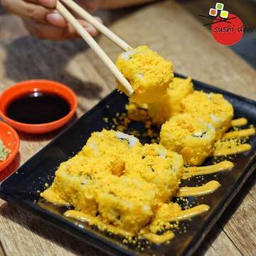 Sushi Den 1360512