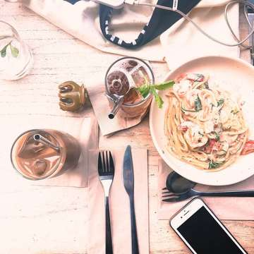 Messy #flatlay #Clozetteid #foodie #foodstagram #foodgawker  #kulinerjakarta #foodporn #foodstagram  #foodgasm #mouthgasm #foodphotography #food52 #foodtruck #foodpic #jktgo #manualjkt #jakartafoodbang #jktfoodbang  #jktfood  #tasyaeats #zomato #zomatoid #TasyaForZomato