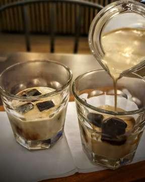 . K etika.... O tak..... P enuh... I  ngatan tentang kamu 😍😍😍 . . . 📷by diri sendiri ( aku khan mandiri orangnya 😝😝) 📌Delico Cafe, Wisma Hayam Wuruk, Jakarta . . . #coffeetime  #coffeemoment  #coffeemoments #coffeemoments☕️ #coffeeaddict #coffeelover #coffeeholic #coffeestagram #coffeeporn #coffeebloggers #coffeeblogger #hobingopi #anakkopi #sukangopi #demenngopi #ngopidulu #delicocafe #wismahayamwuruk #nengpidangopi