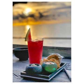 A Healthy Outside, Starts from The Inside 🍉 . . . 📍Rock Bar (at Ayana Resort, Uluwatu, Bali) . . . . . . . . . . . . . . #food #foodporn #foodie #foodphotography #foodblogger #foodlover #foodtruck #foodstylist #foodhunter #foodgasm #ndystory #instagood #instafood #instagram #instalove #instaart #foodstyling #makananenak #jktfoodie #eatandtreats #enak #lezat #kulinerbali #wisatakuliner #drink #sweettreats #watermelonjuice🍉 #bali